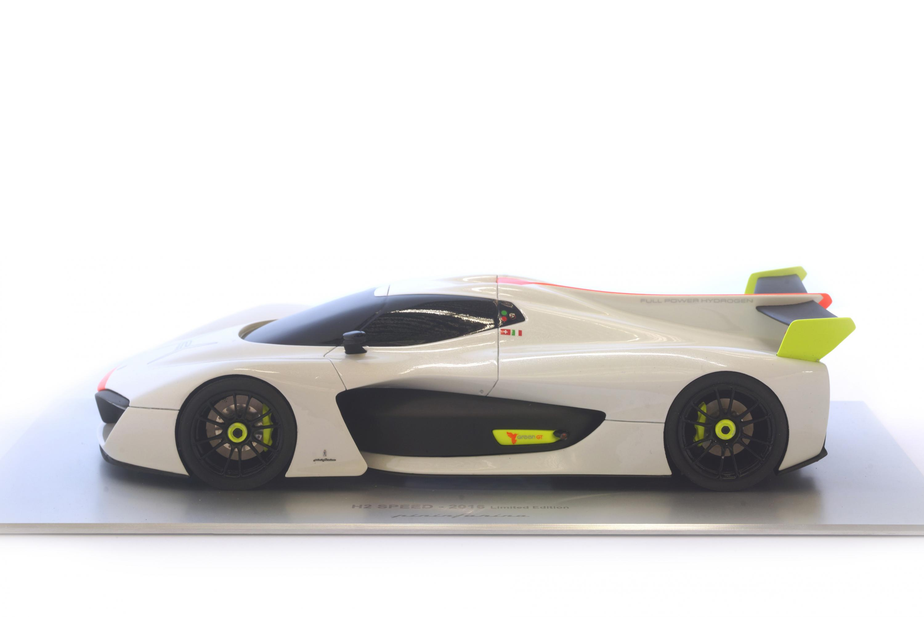 H2 Speed 2016 – 1:18 Model White
